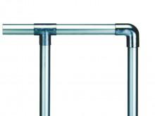 All-In Sport: Veelvoudig toegepast en getest heksysteem van slijtvaste aluminium buizen Ø 60 mm x 2,5 mm. De hoogte van de staanders 1,1 meter vanaf bo...