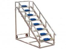 All-In Sport: Stabiele, aluminium constructie met kunststof kuipstoeltjes. Brede kunststof wielen voor eenvoudig transport. Volledig gelaste of demonta...
