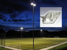 All-In Sport: Ontspiegelde, asymmetrische straler voor het sportveld. Compleet met metaal halogenide lampen 2000 W/N, schakelkast, condensator en monta...