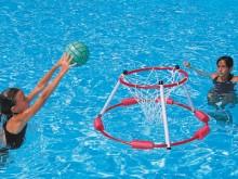 All-In Sport: Set tegen een voordeelprijs, bestaande uit 2 ringen (art. nr. W2906) en een plastic bal (W2764).