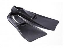 All-In Sport: Makkelijk afwikkelende zwemvliezen van rubber, met tenenopening en versterkte randen aan de vliesbladen. Levering per paar.