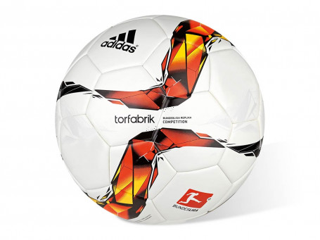 Voetbal Adidas® TORFABRIK 2015/16 COMPETITION mt. 5