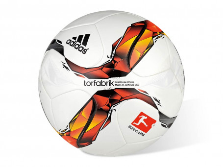 Voetbal Adidas® TORFABRIK JUNIOR mt. 5 - 350 gram